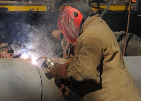 mocke-pipeline-construction-images-steel-welding