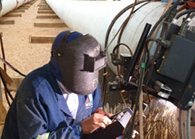 mocke-pipeline-construction-images-welding